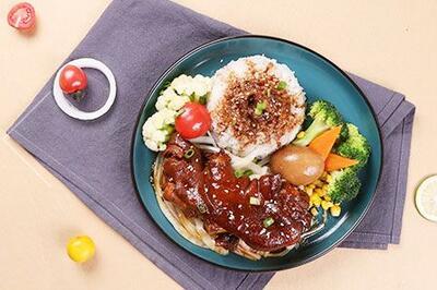 开一家嘉吉基铁板鸡扒饭店的流程是什么 加盟费用包括了哪些